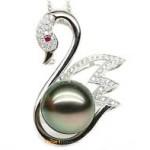 Pearl stone Moti pendant