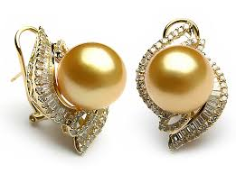Pearl stone earrings