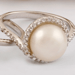 Which One Is The Best Pearl Stone – White Or Black Pearl?