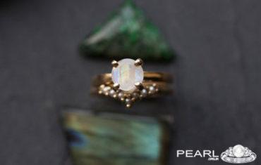 Moonstone VS Pearl Gemstone